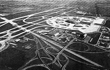 Aéroport Charles-De-Gaulle, 1980, vue aérienne vers l'est